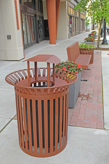 Ribbon trash bench planter resized